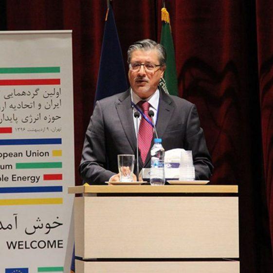 مدیر کل آژانس بینالمللی انرژی های تجدید پذیر مطرح کرد: ایران بازار آینده انرژی است